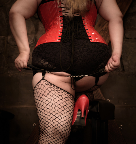 Mistress_betty