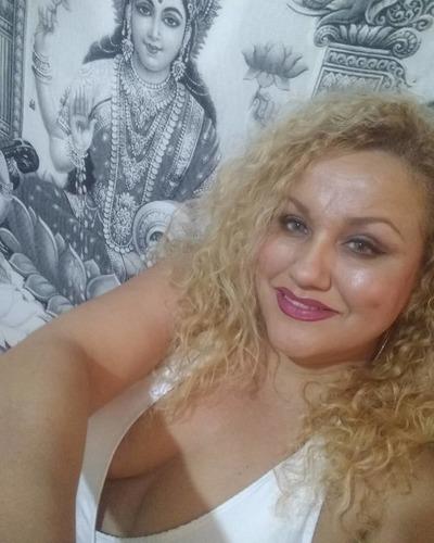 natasha leonna