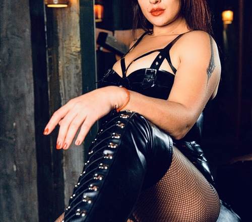 mistress viona